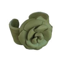 CAMELLIA CUFF (lime)